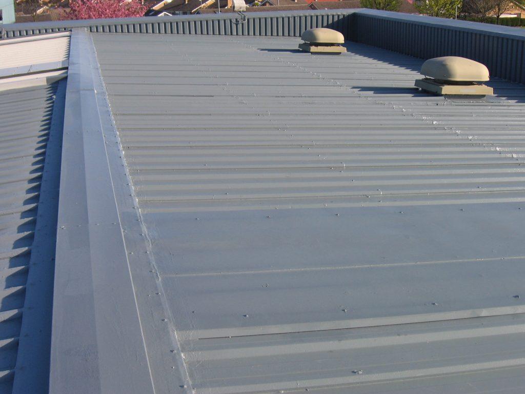Spray Coating Walls Roofs And Shopfronts Maincoat Ltd